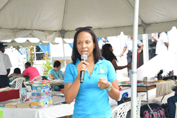 Marketing Officer Tracia Pounder giving remarks at the November Members' Market